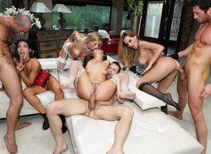Porn Camp: Blindfolded Orgy!